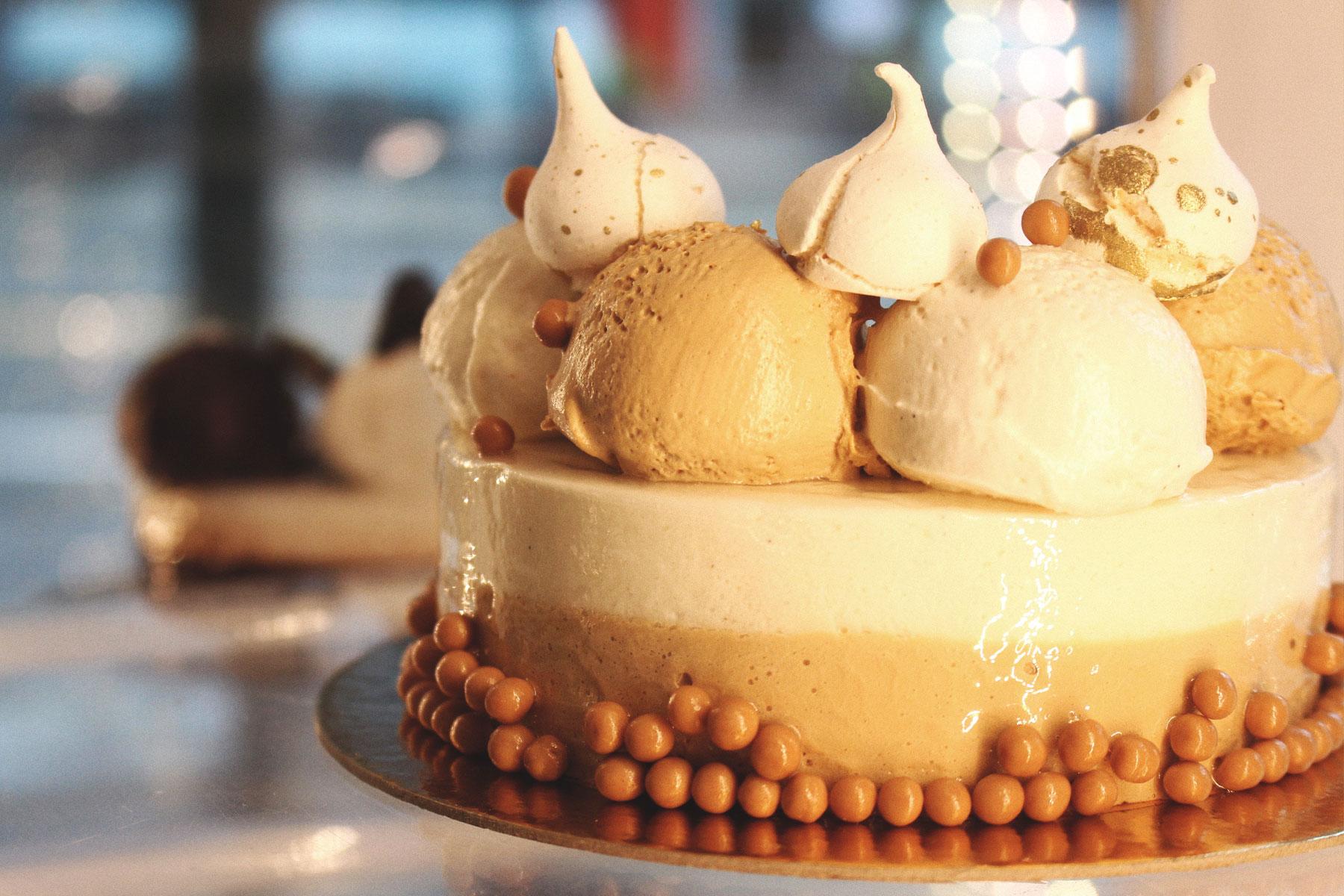 gelato cake with hazelnuts